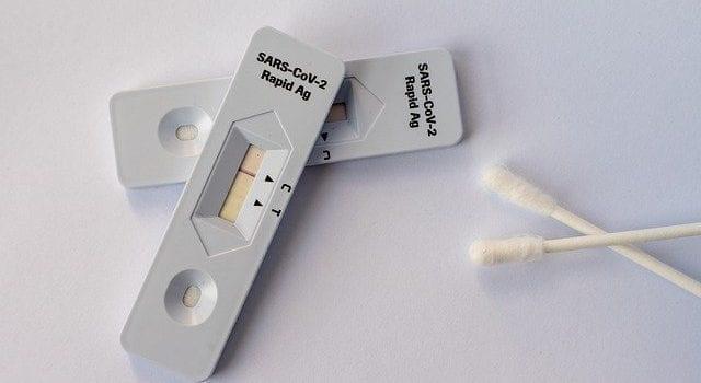 Doe een PCR test in Zwaag en je reisdocument is inbegrepen